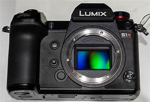 Panasonic LUMIX S1 and S1R Full Frame Cameras Explained ...  Panasonic