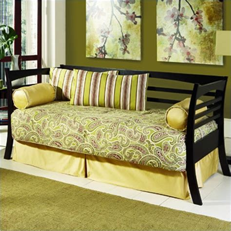 Daybeds With Pop Up Trundle Bed by Runtime Error