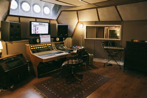 Studio Control Room Design