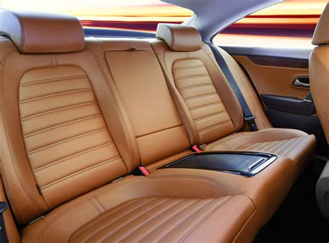 3 Tips For Finding A Skilled Auto Upholstery Expert