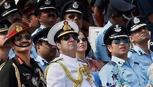 Sachin Tendulkar attends Air Force Day celebrations ...