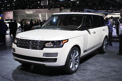 2014 Land Rover Range Rover Review, Ratings, Specs, Prices