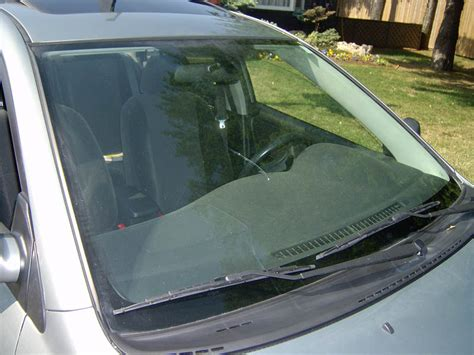 5 Tips For Protecting Your Car Windshield