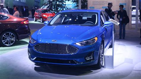 2019 Ford Fusion Gets Minor Facelift, More Standard Safety