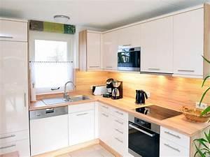Küche Mit Geräten : ferienhaus sonnenschein nord holland frau ilona n lle ~ Yasmunasinghe.com Haus und Dekorationen