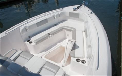 Center Console Boats With Lots Of Seating by 295 Center Console Everglades Boats