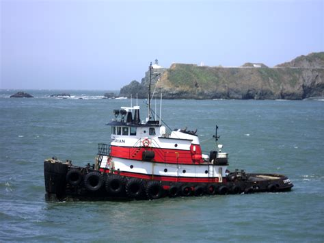 Tugboat Pictures by Tremendous Tugboats 171 Ss Jeremiah O Brien The Official