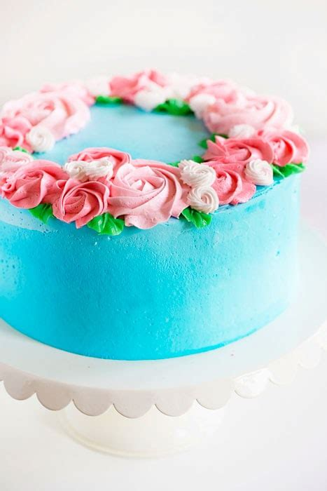When we were growing up, my mom always made our birthday such a big. Mother's Day Cake {easy rosette's} - i am baker