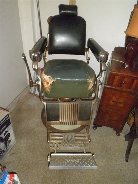 my in has a 1950 belmont barber chair shes wanting