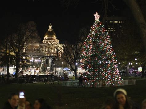 lighting of commonwealth avenue mall and boston common