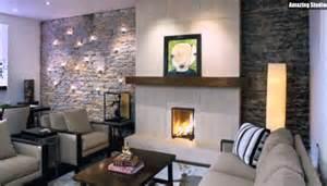 idee im wohnzimmer natursteinwand im wohnzimmer beleuchtung deko idee