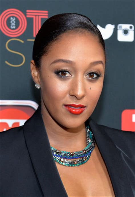 """Tamera Mowry On Internet Racism """"i've Never Experienced"""