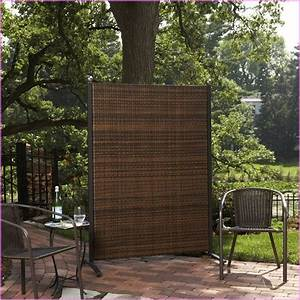 Outdoor screen dividers ideas 4 homes for Outdoor divider wall