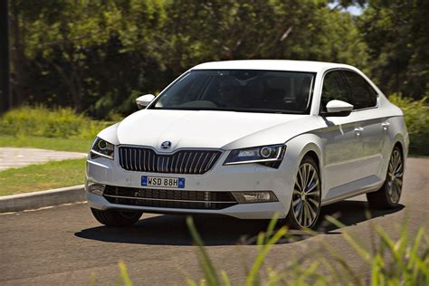 Review 2018 Skoda Superb Full Review Road Test