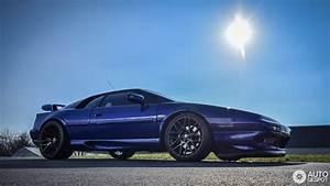 Esprit Automobile 17 : lotus esprit v8 17 dcembre 2015 autogespot ~ Gottalentnigeria.com Avis de Voitures