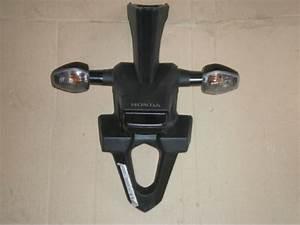 Pieces Moto Honda : support feu ar 1000 cb1000r honda pi ce moto occasion p5984 ~ Medecine-chirurgie-esthetiques.com Avis de Voitures