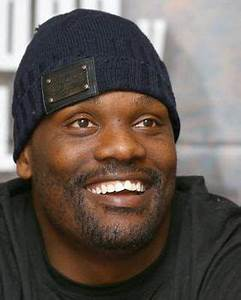 Dereck Chisora could face Tyson Fury at Wembley Arena in July | Daily Star  onerror=