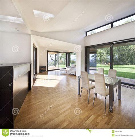 cuisine maison de famille l 39 espace ouvert de cuisine à l 39 intérieur neuf de la maison
