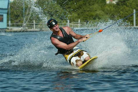 Kneeboards for Rent with all Types of WaterCraft | Knee Board
