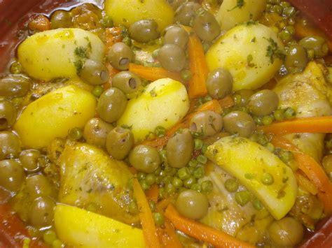 cuisine marocaine tajine agneau tajine de poulet aux pruneaux et abricots choumicha foto