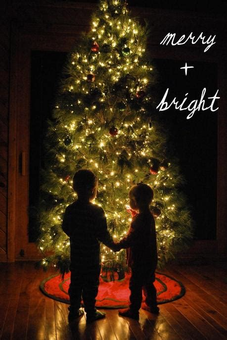 five creative photography ideas for family christmas cards toddlers paperblog