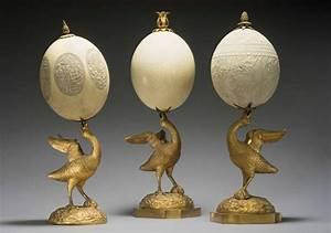 Oeuf D Autruche : trois oeufs d 39 autruche grav monture en bronze cisel et ~ Melissatoandfro.com Idées de Décoration