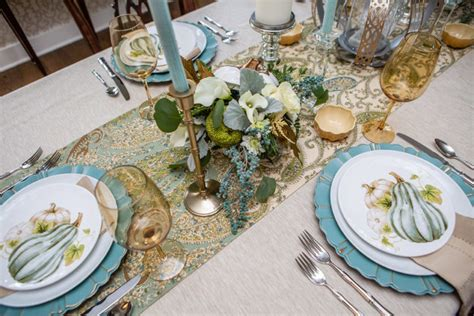 Tabletop Inspiration by Stylish Traditional Thanksgiving Tabletop Decor The