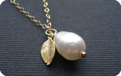 how to clean pearls how to clean jewelry costume silver gold pearl tip junkie
