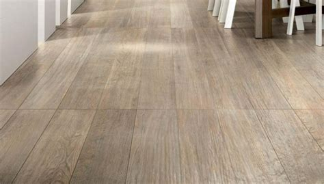 carrelage aspect bois carrelage imitation parquet c 233 ramique aspect bois li 232 ge belgique