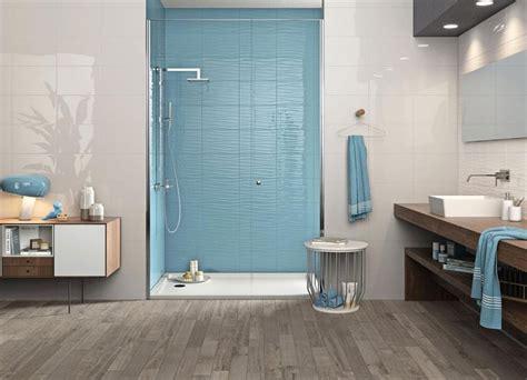 Badezimmer Fliesen Hellblau by Nat 252 Rlich Sch 246 Ne B 228 Der Setzen Auf Holz