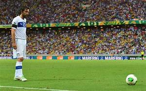 10 best free-kick takers in the world right now - Slide 1 ...