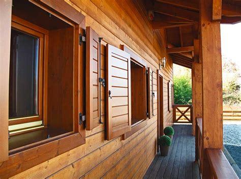 maison en bois massif empile chalets et maisons en bois massif architecture bois magazine maisons bois construction