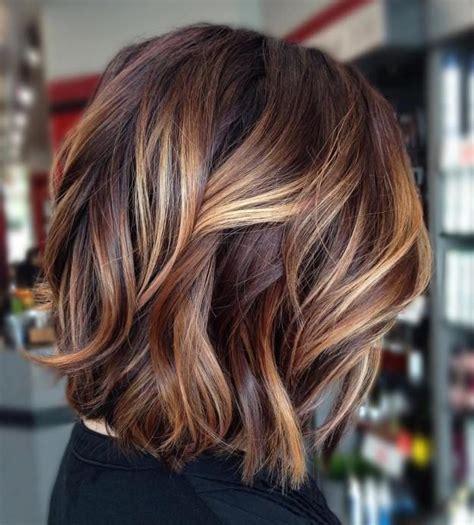 caramel haarfarbe mit blonden strähnen die besten 25 haare caramel braun ideen highlights f 252 r dunkles haar str 228 hnchen f 252 r braune