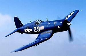 Vought F4U Corsair - World War 2 Planes