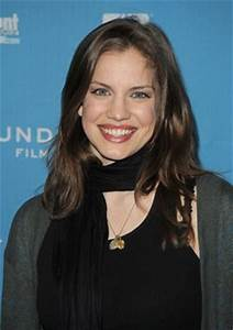 Anna Chlumsky plays Lorraine Photos from Blood Car (Blood ...
