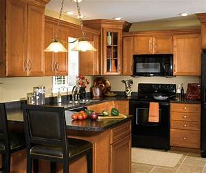 maple wood cabinets in traditional kitchen aristokraft With what kind of paint to use on kitchen cabinets for wooden door wall art