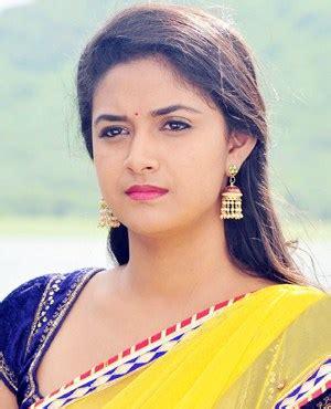 actress keerthi suresh horoscope keerthy suresh wiki biodata affairs boyfriends husband