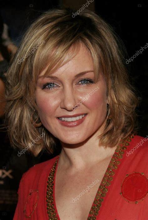 actress amy carlson stock editorial photo  popularimages