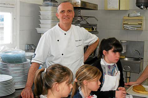 cours de cuisine enfants cours de cuisine au tour des enfants fouesnant letelegramme fr