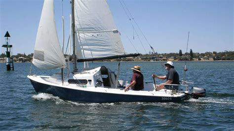 Stand Up Trailer by Looking To Buy Need Advice Sailing Forums Page 1