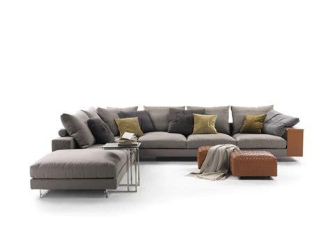 Divani Componibili Modulari Roma : Flexform Lightpiece Sofa