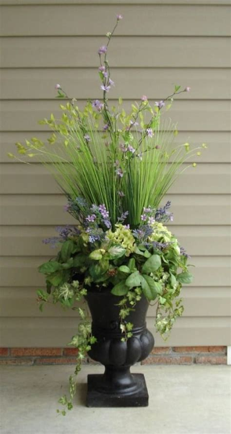 planting urns ideas professional urn inserts at http www simplysouthernflowers com urn inserts html garden urn