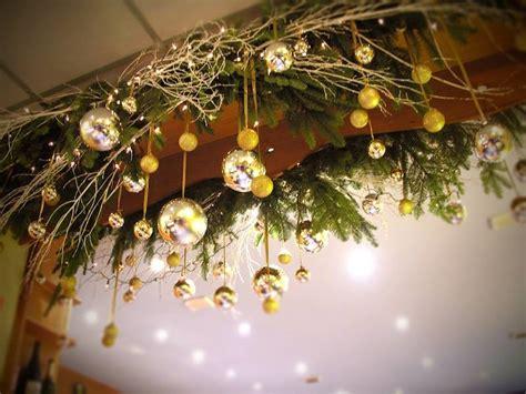 decorations de noel boutiques et vitrines sur lyon fleuriste 224 chagne au mont d or lyon 69