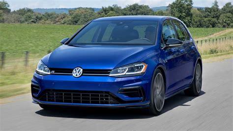 The new 2020 volkswagen golf is here. Volkswagen Golf R 2021: Con 315 CV es el Golf más potente ...