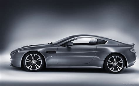 Aston Martin Vantage Hd Picture by Aston Martin V12 Vantage 2 Wallpaper Hd Car Wallpapers