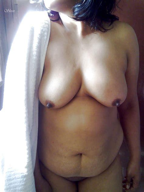 desi indian wife shree taking nude sunbath after bath 16