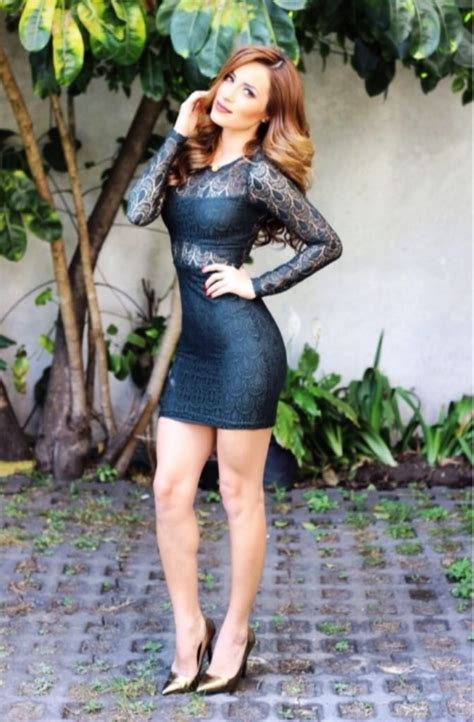 20 Stunning Tight Dress Outfit For Women To Try - Instaloverz