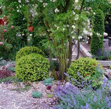 Das Eigene Grün Ein Kiesbeet Ist Der Perfekte Garten Für