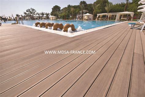 lame de terrasse en bois composite destockage grossiste