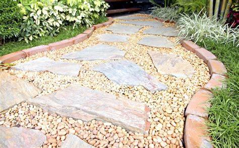 Bild 12  Mediterraner Garten Kies Für Einen Lockeren Boden